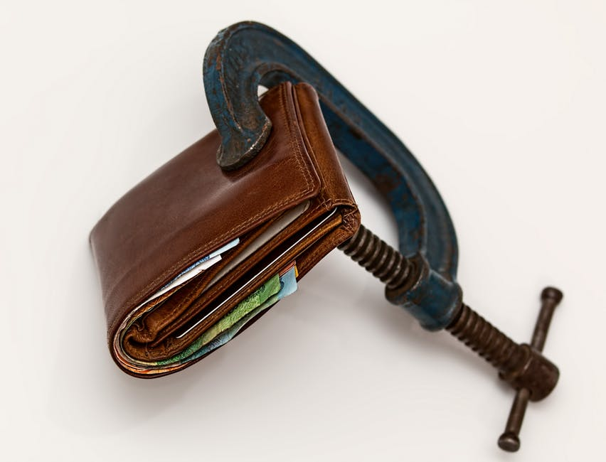 #3 Best Ways To Save Money- That 90% People Are Not Using.