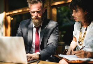 Do beginners really need a mentor to successfully learn to invest