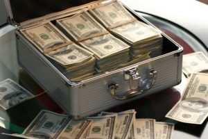 How to evaluate the cash of a business cover