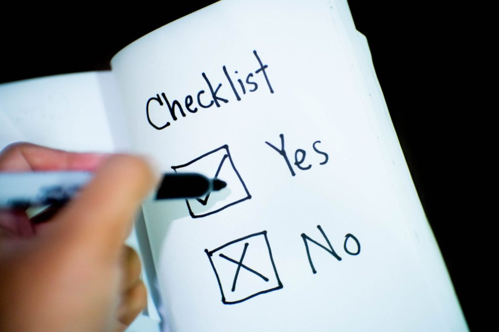 10 Questions to Ask Before Purchasing a Stock - Investment Checklist cover