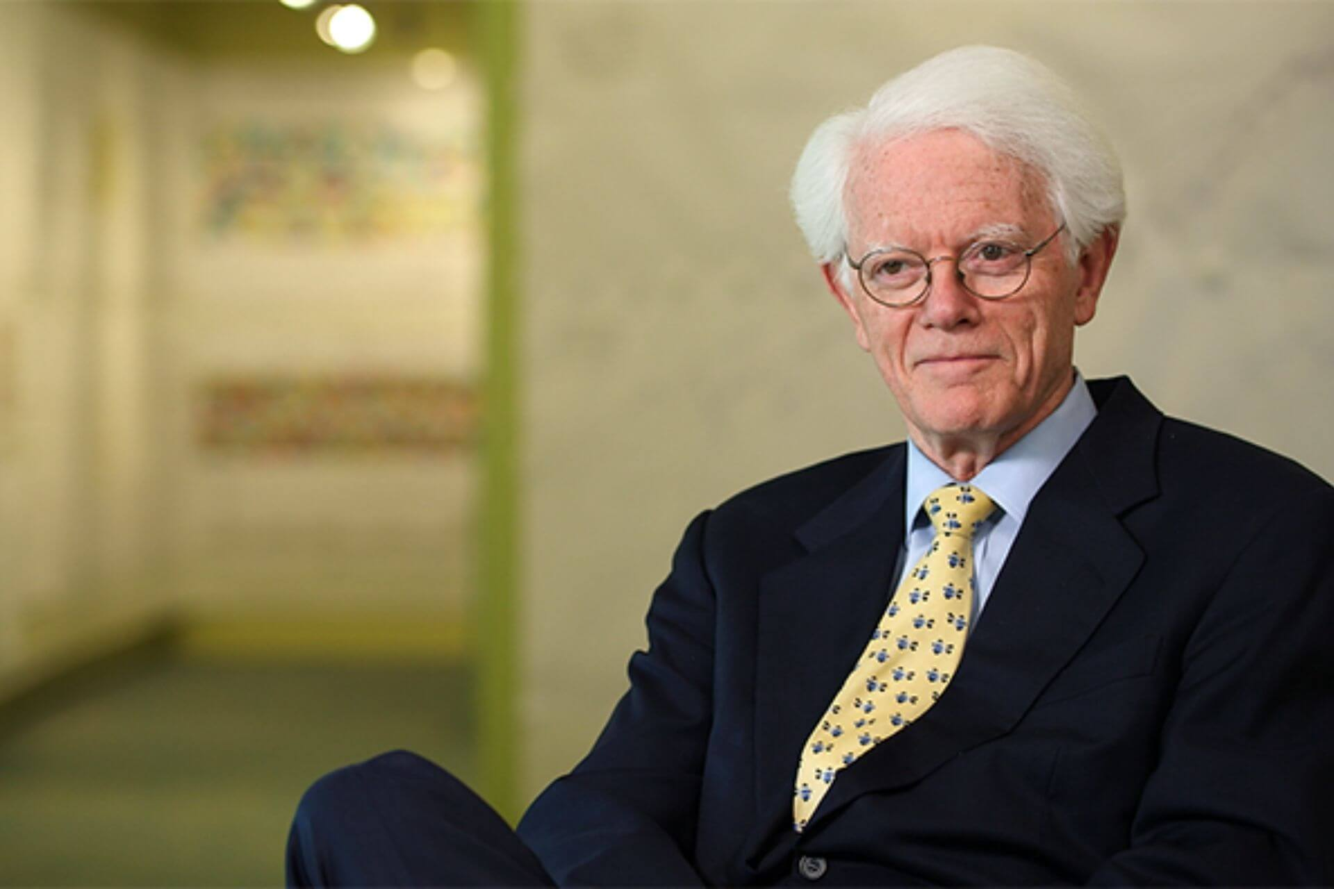 what is Peter Lynch's Investment Strategy cover